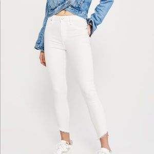 NWT Abercrombie & Fitch High rise Jeans